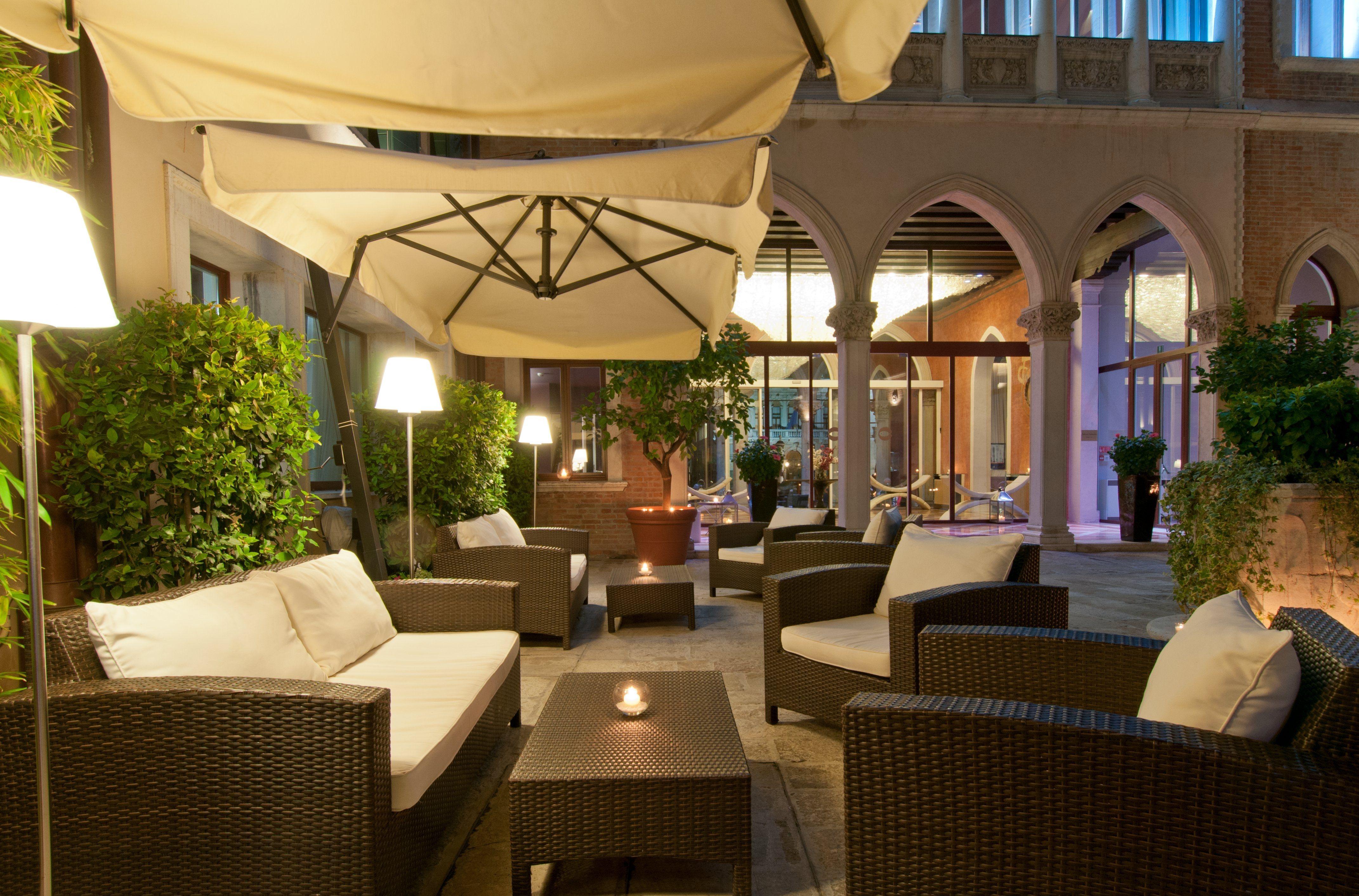 Interior Courtyard for Centurion Palace #Venice