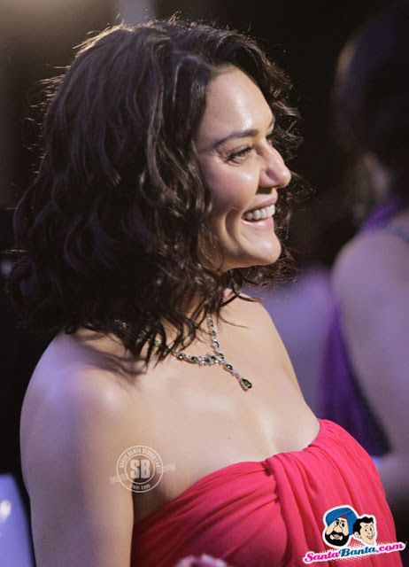 Actress Preity Zinta Hot Photos Showing Boobs Actresses
