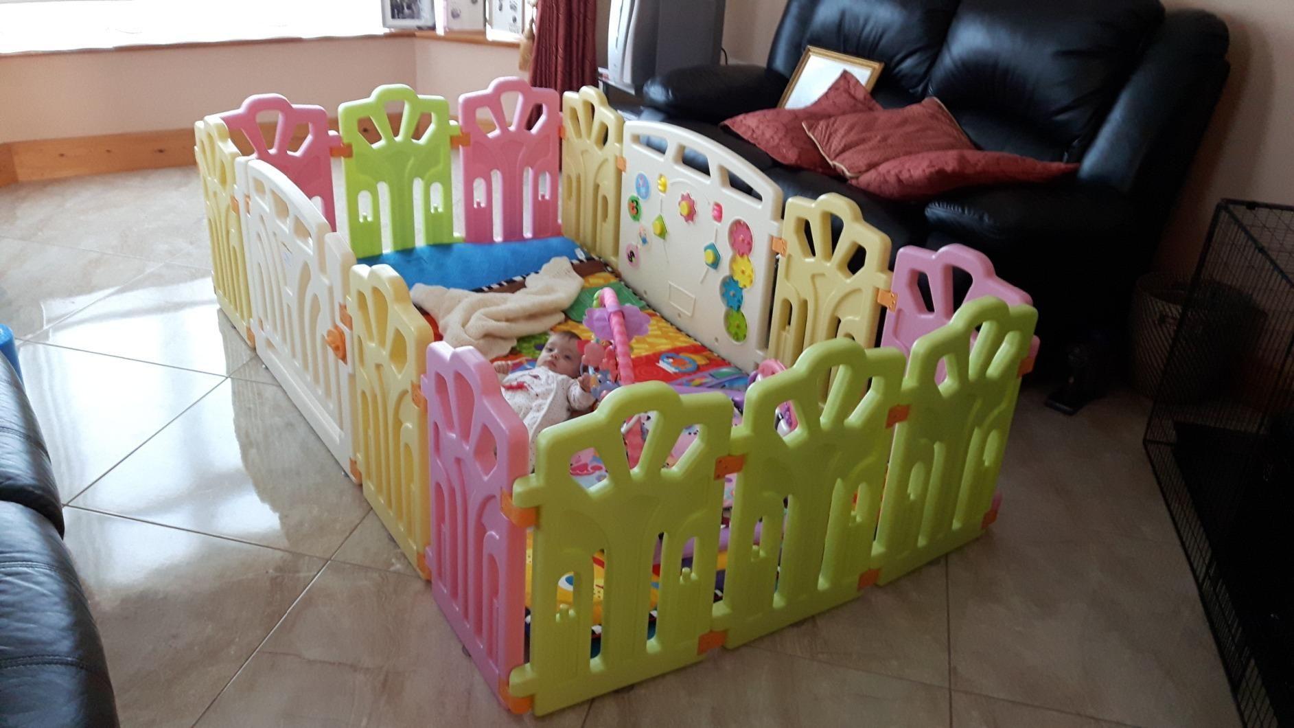 4736596d8 Baby Vivo playpen made of plastic with door  Amazon.co.uk  Baby ...