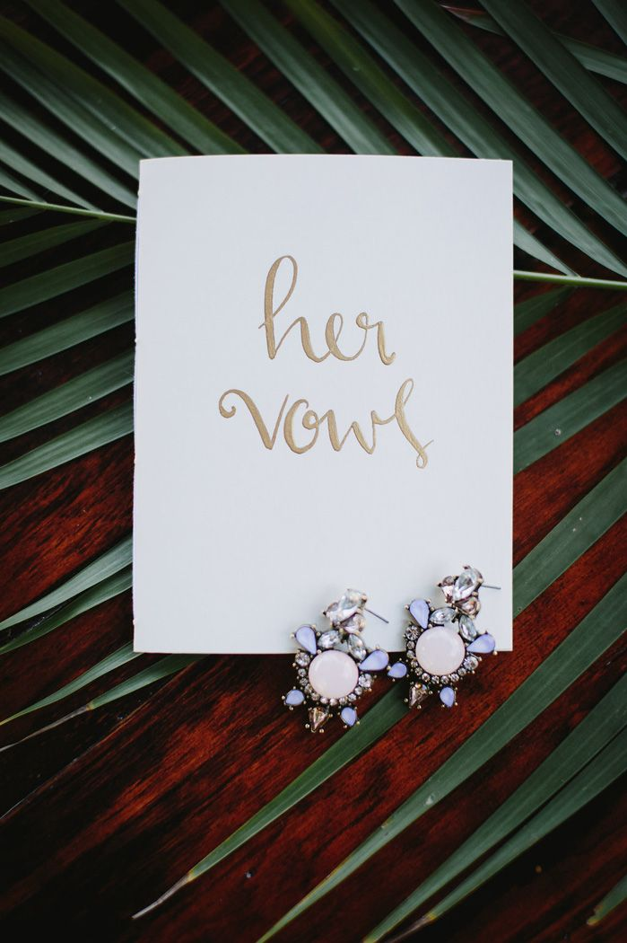 Bride wedding vows for a destination wedding In Mexico | fabmood.com