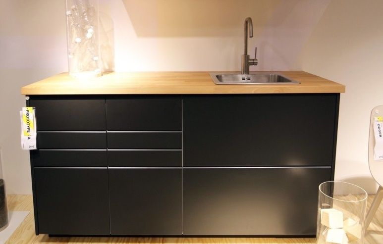 New Ikea Cabinets Are Made From Reclaimed Wood And Recycled Bottles Ikea Kuchnia