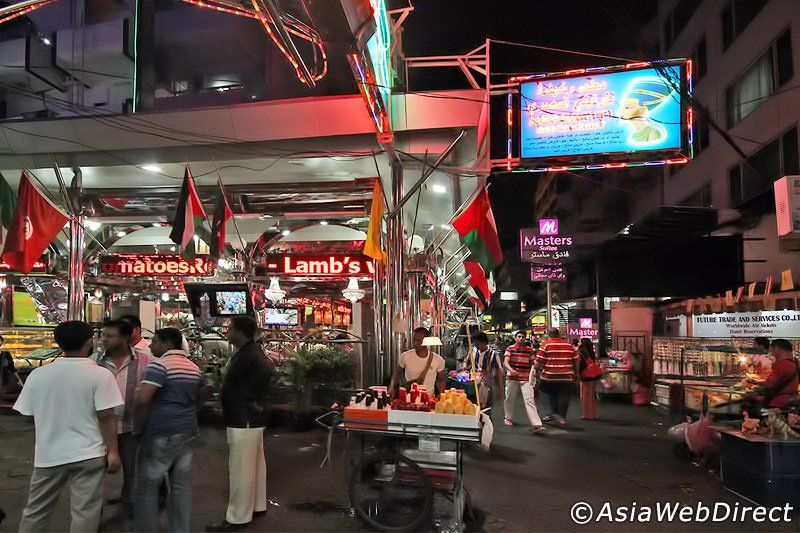 These 5 Great Halal Food Restaurants In Bangkok Sukhumvit Are Located On Soi 3 1 The Largest Enclave Of Arabic Middle East Bangkok Halal Recipes Places To Go