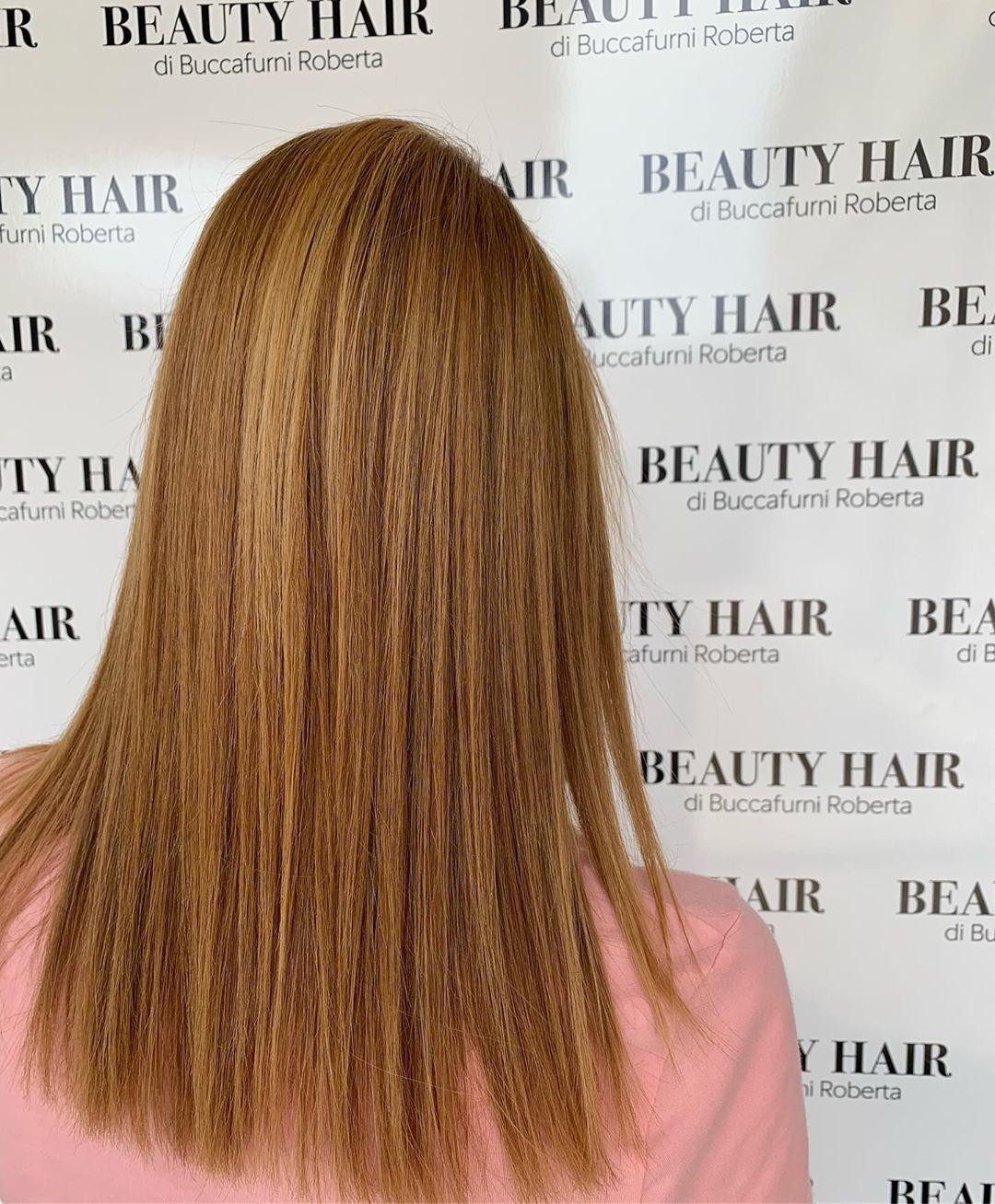 Sfumaturecapelli Biondo Biondomiele Capellilisci Glamour Passion Hair Hairart Hairstyle Hairstyles Hair Hair Styles Cool Hairstyles Long Hair Styles