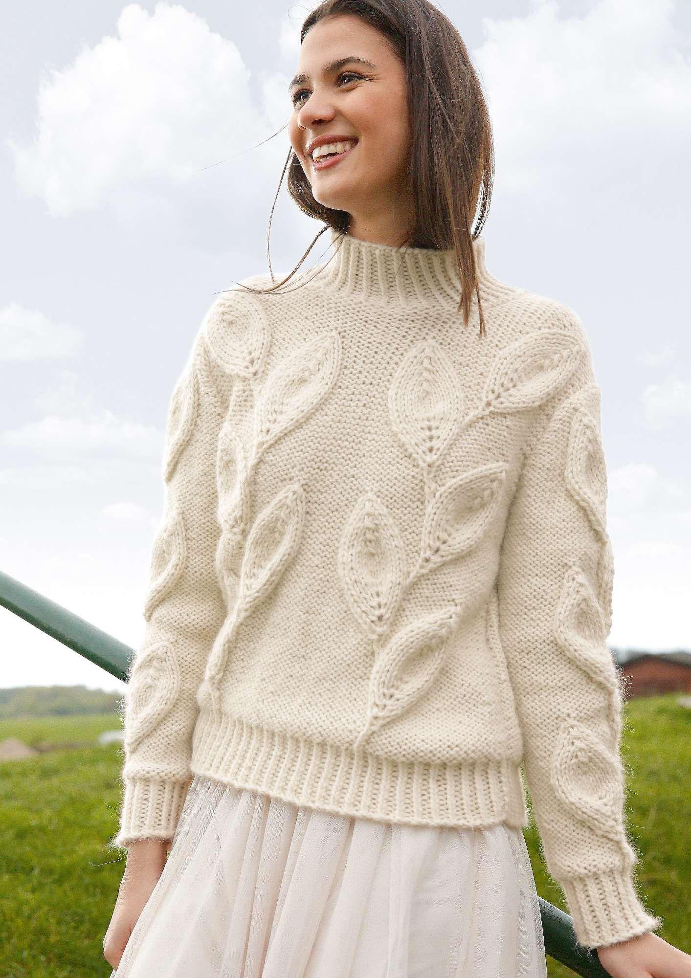 Strickmode in Naturweiß: Pullover mit Blattmuster | Gehäkelt und ...