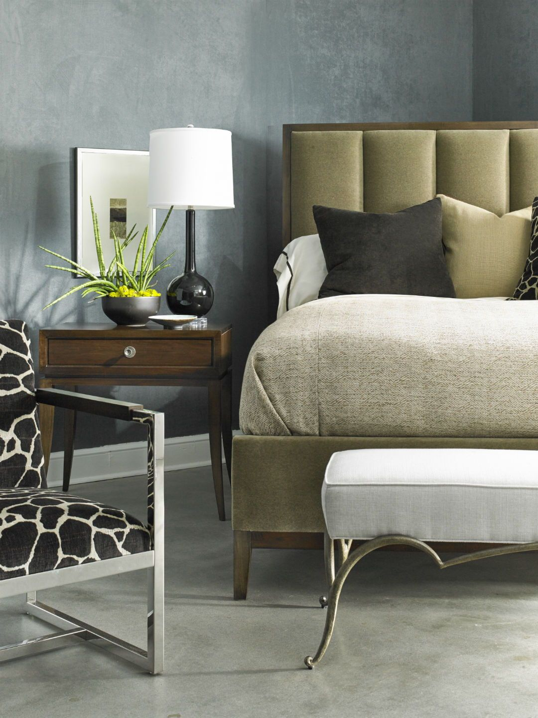 High End Bedroom Furniture in Montreal | Modern luxury ...