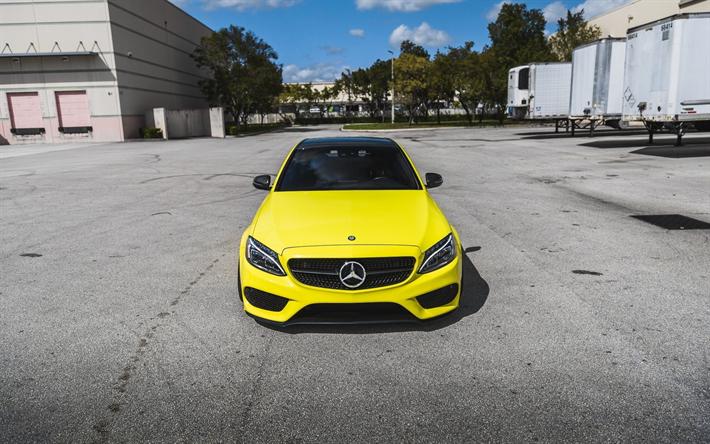 Lataa kuva Mercedes-AMG C63, 2018 autoja, tie, keltainen C63, tuning, Mercedes