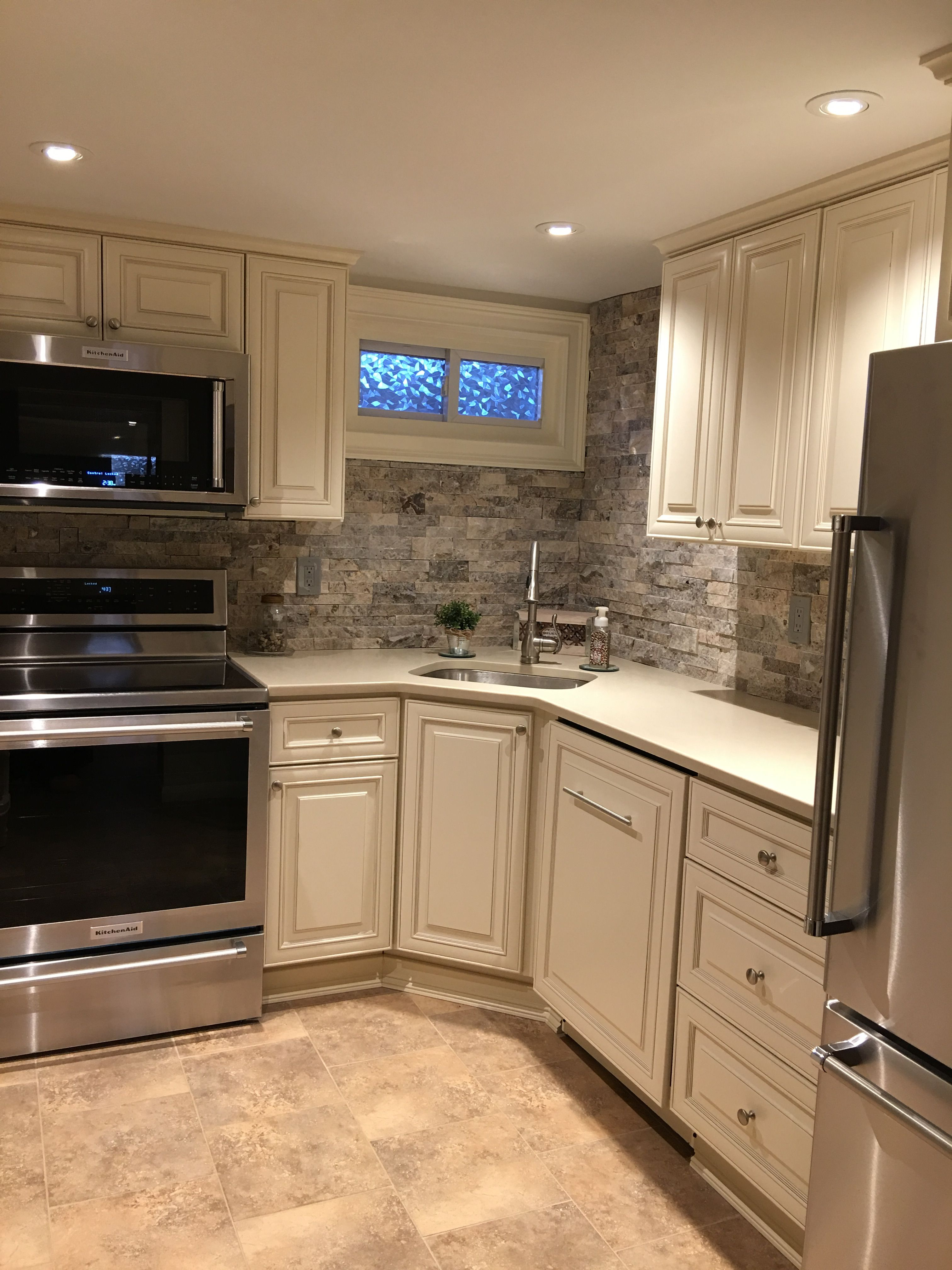 Apt Kitchen Renovations: Pin By Deborah Starr On Renovation In 2019