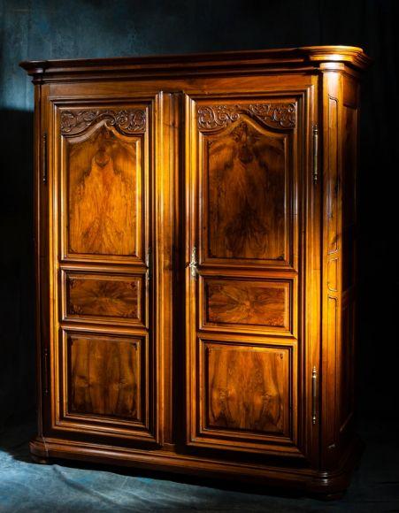 Meubles anciens armoire alsacienne régence Bertrand KLEIN