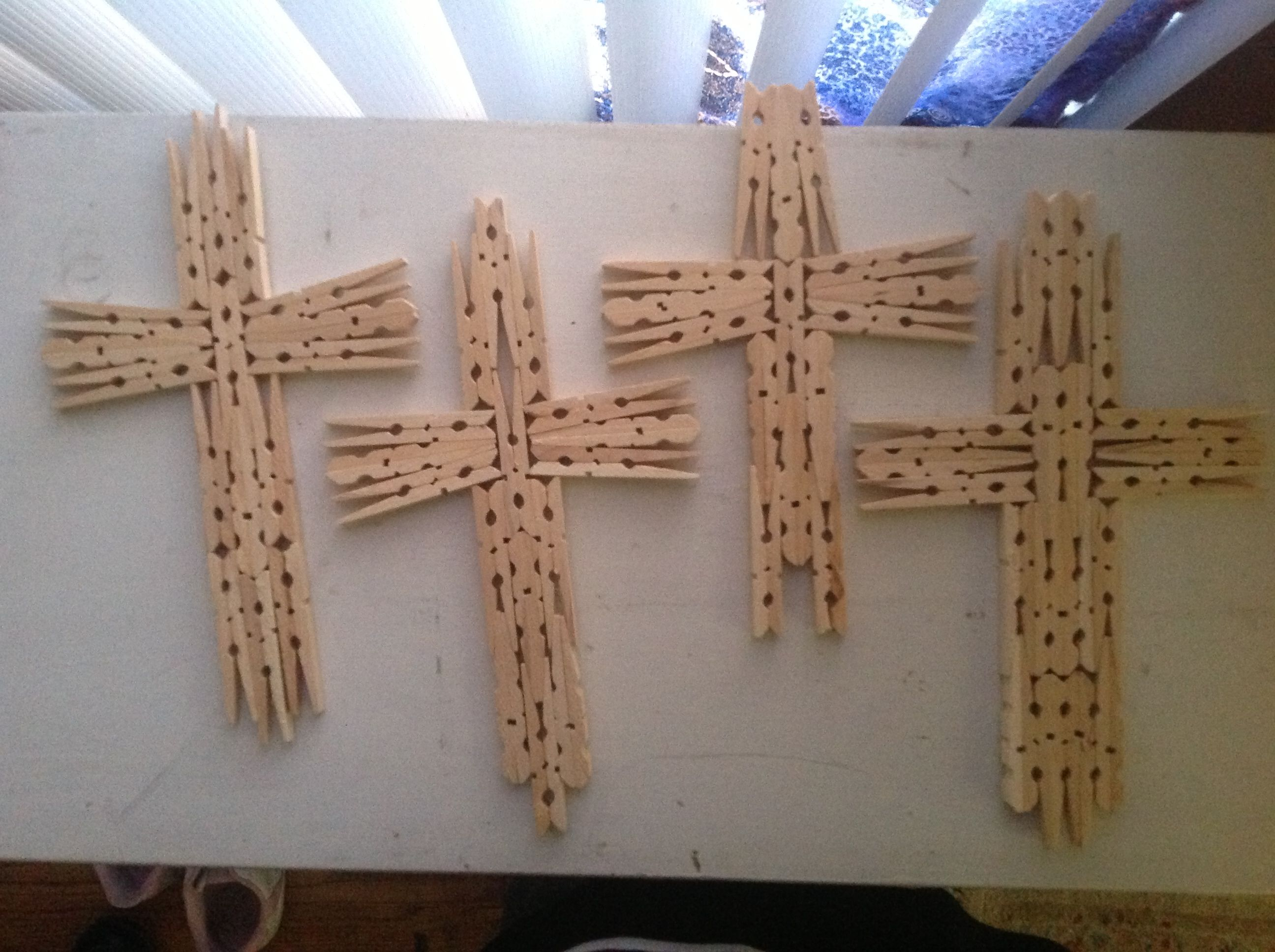 Cross template simple cross image craft ideas pinterest crosses - Diy Clothes Pin Crosses What A Great Easy Craft