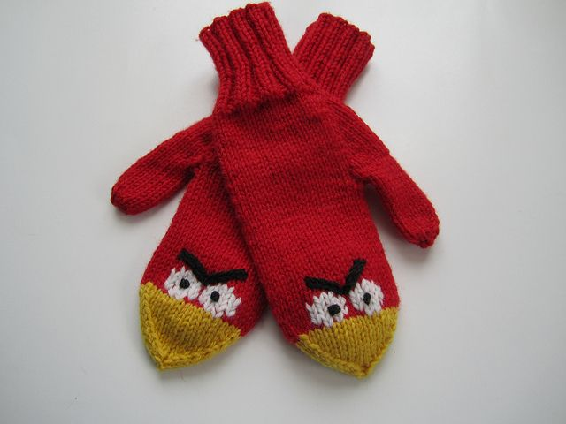 Angry Mitts - This pattern is a recipe for making the mittens - by Elaine Fitzpatrick
