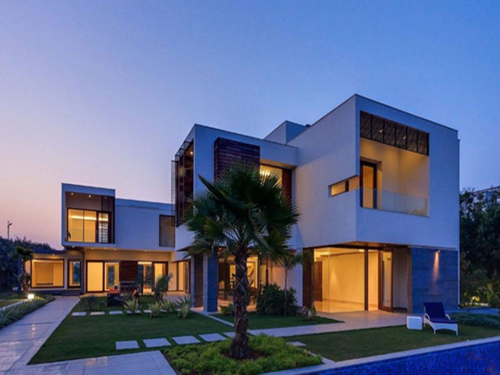 Contemporary luxury home and architecture in new design for Architecture design for home in delhi
