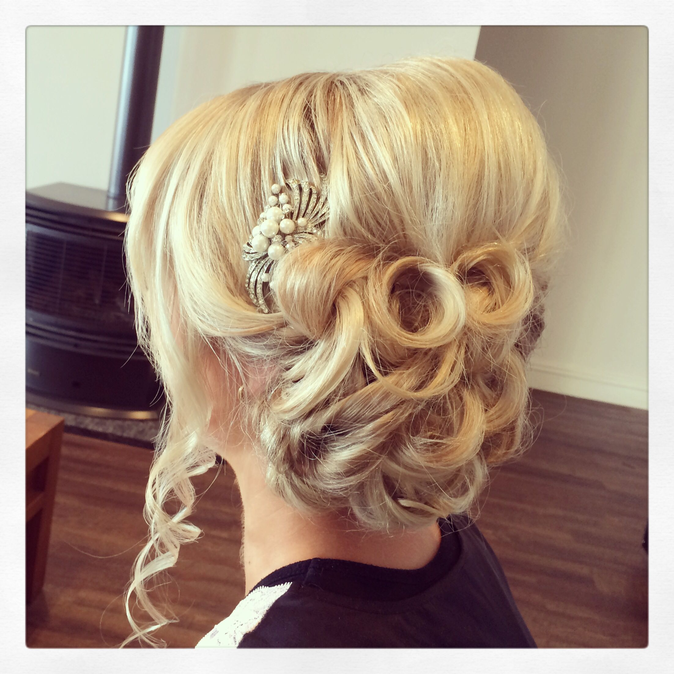 Soft bridal upstyle @coastalstylemobilehairdressing (With images) | Down hairstyles, Hair beauty ...
