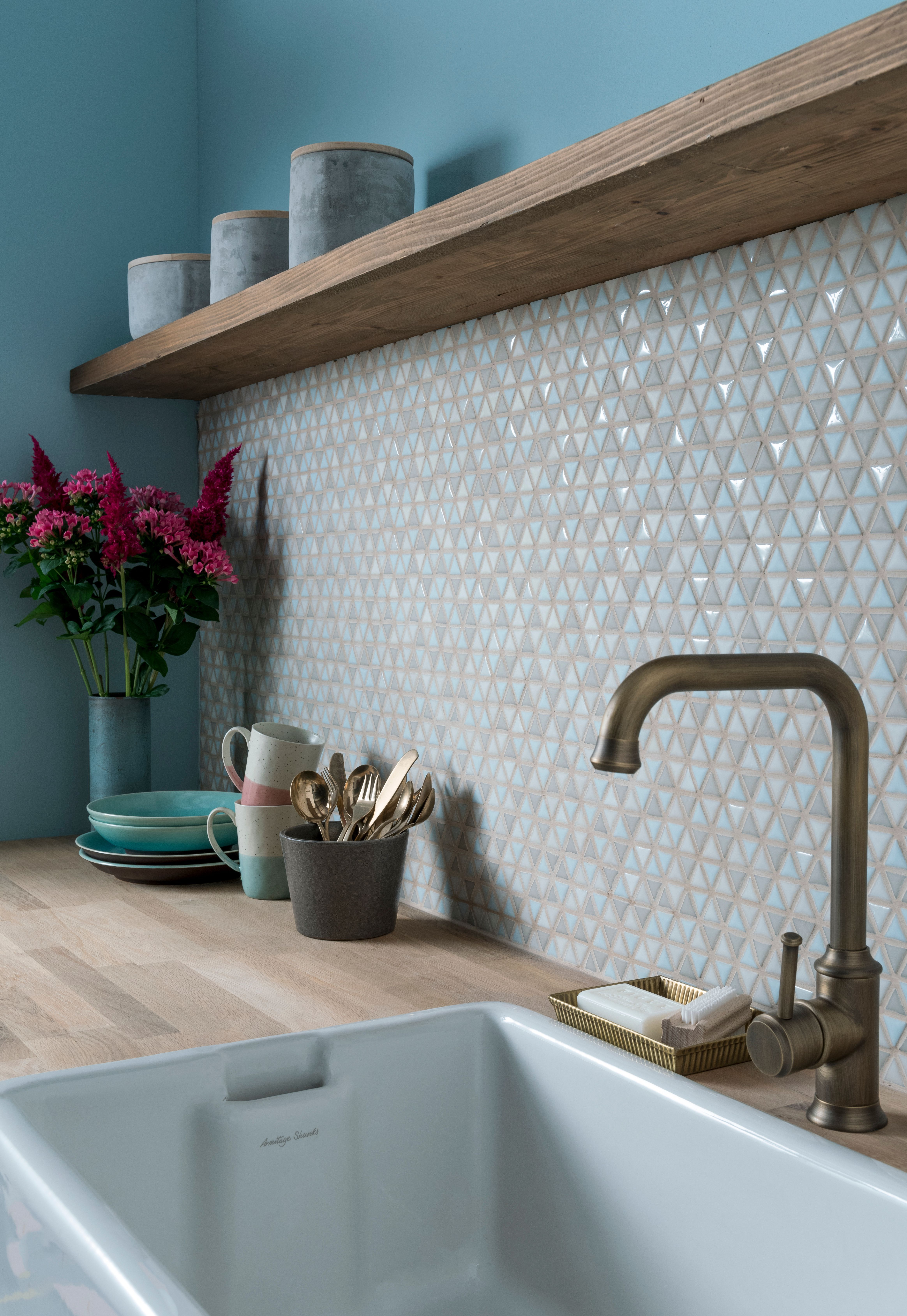27 Beautiful Kitchen Splashback Ideas To Copy Kitchen Splashback Kitchen Wall Tiles Earthy Kitchen