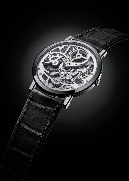 Horlogerie: montre Piaget Only Watch 2013 http://www.vogue.fr/joaillerie/a-voir/diaporama/horlogerie-only-watch-2013-vente-caritative-monaco-montres-roger-dubuis-van-cleef-arpels-piaget-chanel/15456/image/854692#!horlogerie-only-watch-2013-vente-caritative-monaco-montres-piaget