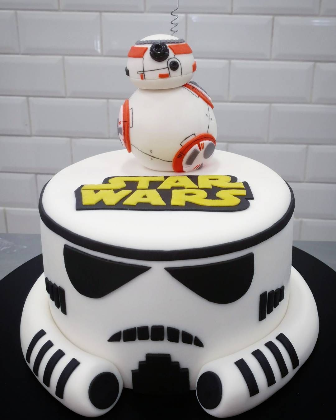 May The Force Be With Your Kids Birthday Cakes Star