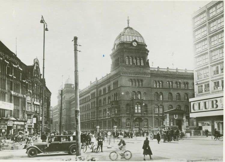 Berlin Alexanderplatz Polizeiprasidium Rote Burg Um 1931 Berlin Geschichte Historische Fotos Berlin
