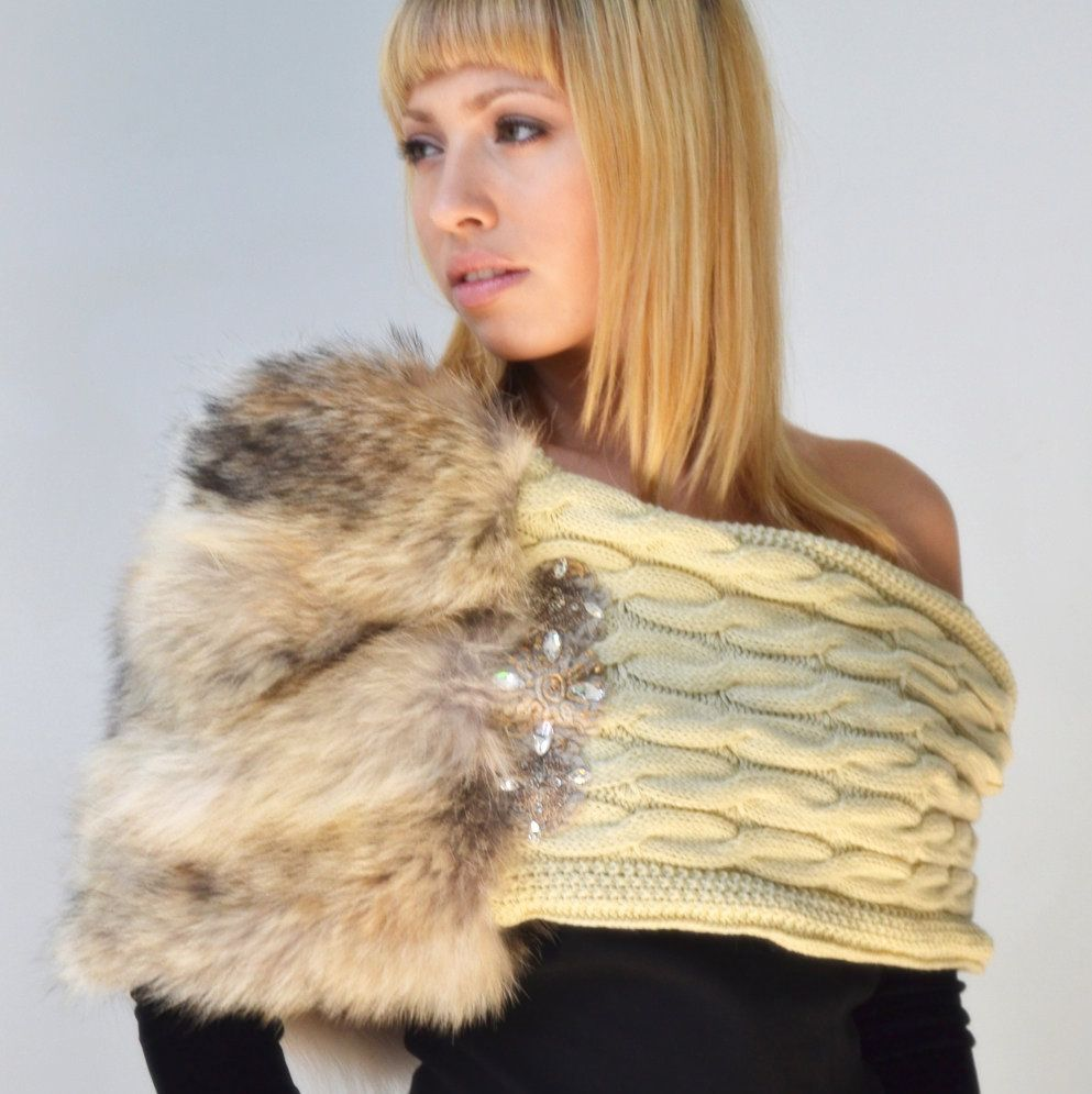Kanelstrand: Must Have Chunky Scarves for the Winter