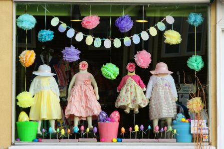 Easter Window  Trendy Tots: A Modern Chilren's Consignment Store  www.trendytots.info
