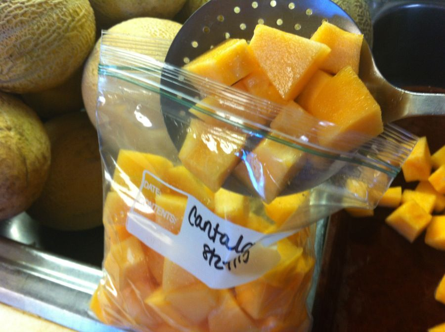 Freezing cantaloupe
