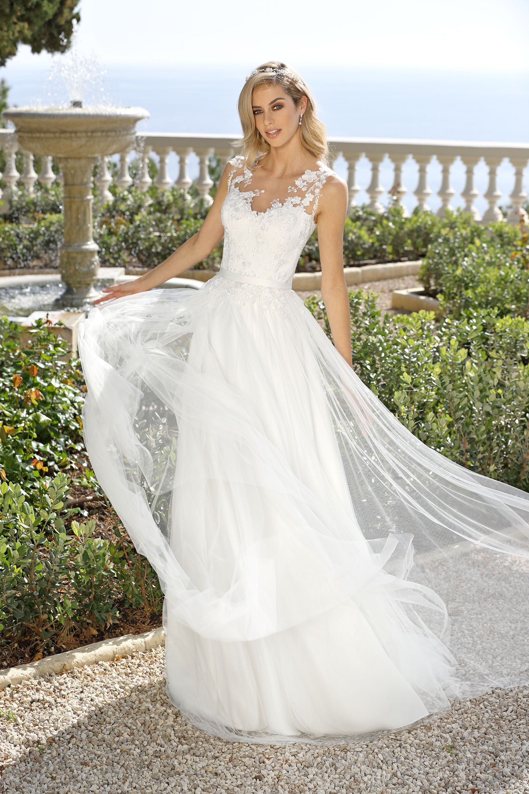 Ungewöhnlich Flowy Brautkleider Zeitgenössisch - Hochzeit Kleid ...