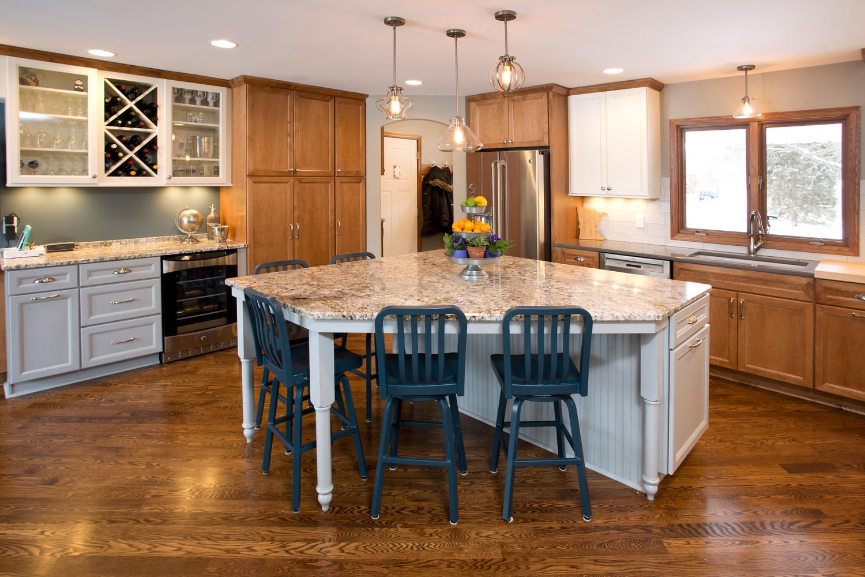 Download Wallpaper White Kitchen Cabinets With Honey Oak Trim