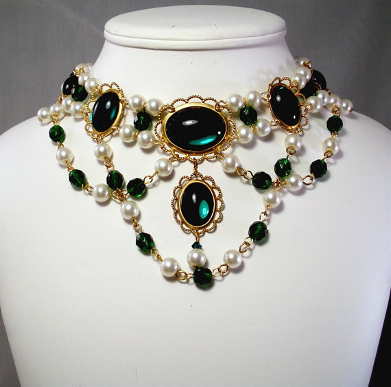 Hey, I found this really awesome Etsy listing at https://www.etsy.com/listing/227571368/medieval-necklace-renaissance-necklace