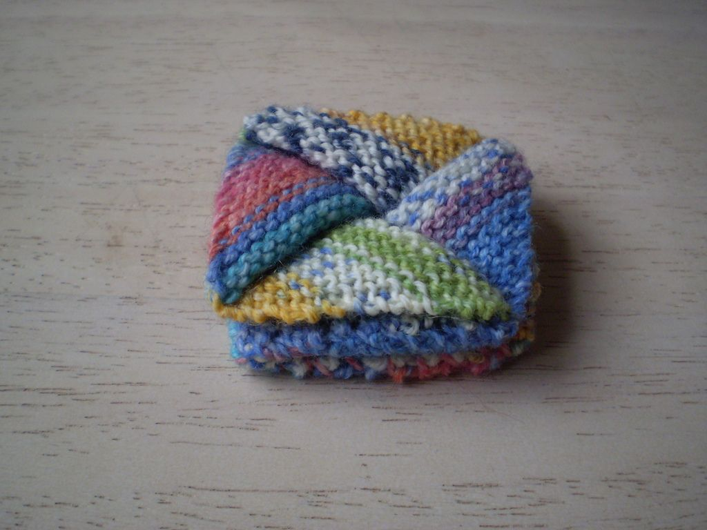 Ravelry: Pinwheel Purse by Frankie Brown | knitting projects ...