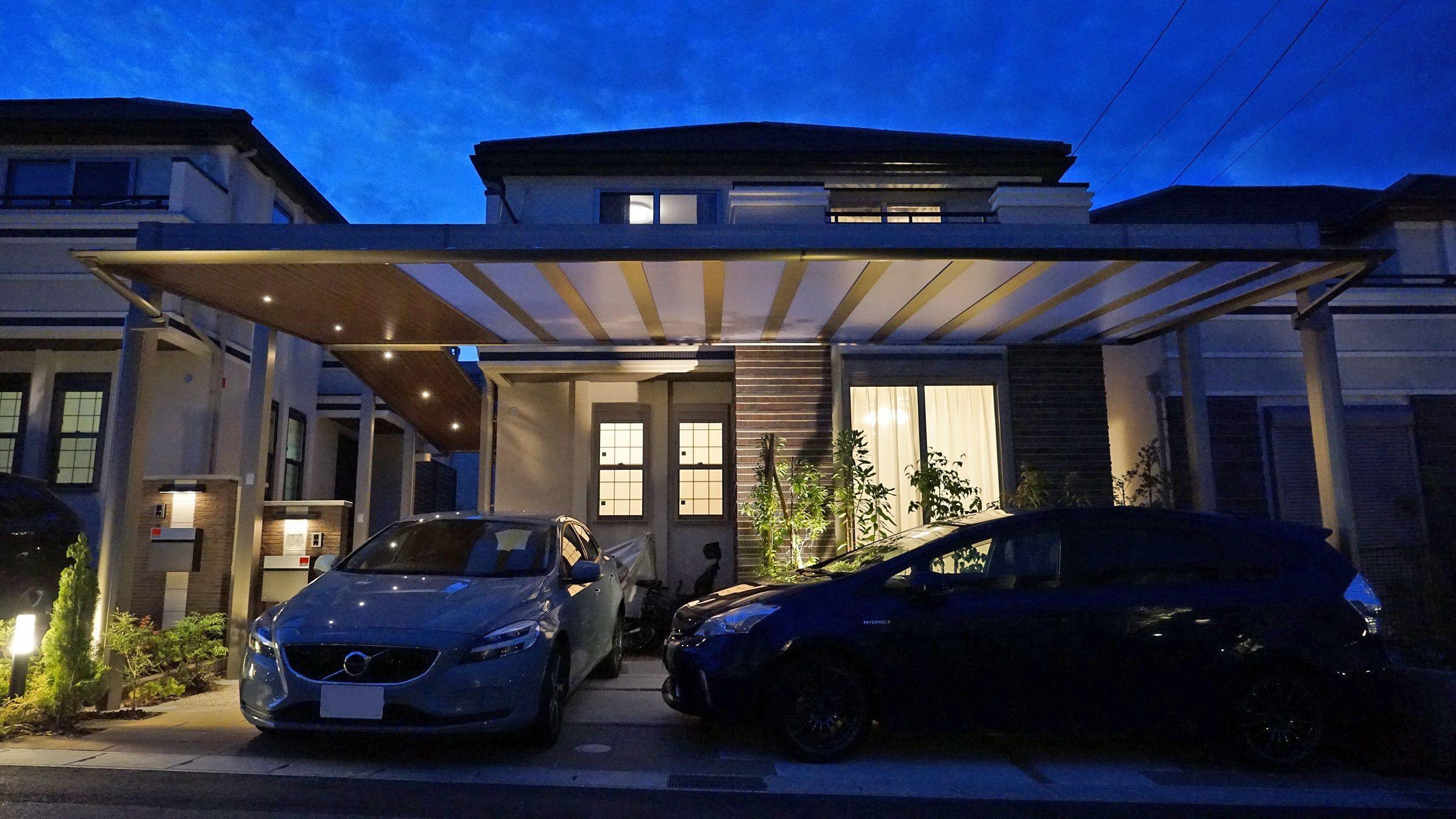 敷地間口いっぱいのlixil アーキフィールド ダウンライト付きです エクステリア 外構 名古屋市