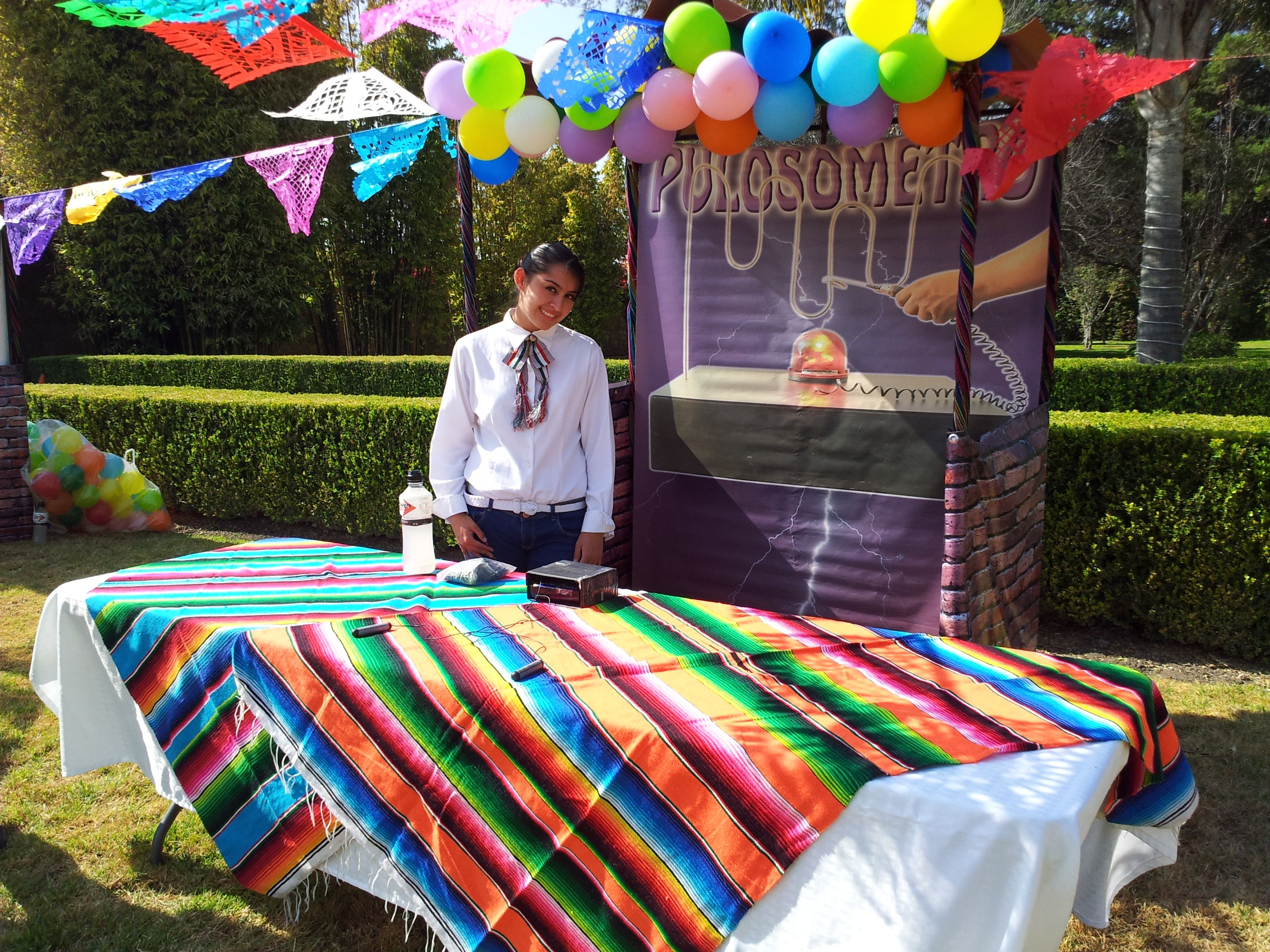 El puesto de los toques feria mexicana con juegos de destreza pinterest puesto juegos for Decoracion kermes mexicana