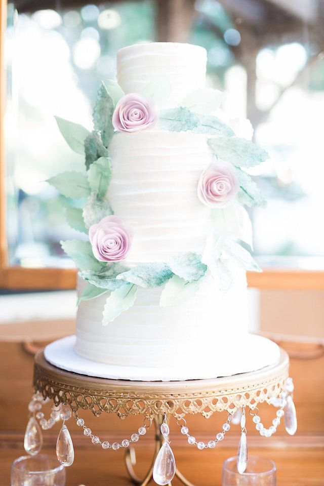 Classic 3-tier white cake with Wreath   Stephanie Ponce Photography