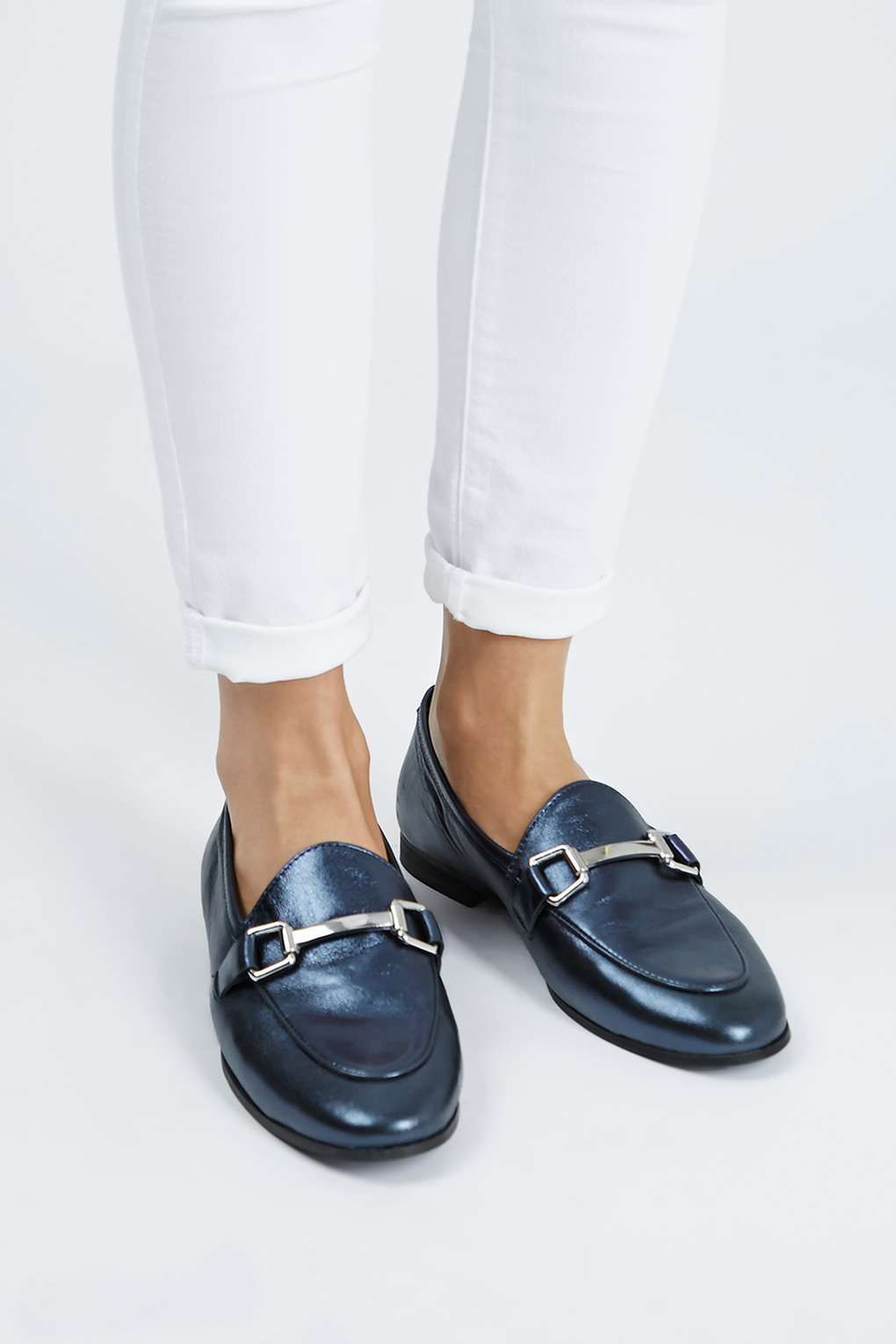 407041f501 KENDALL Leather Loafers in 2019