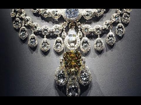Top 10 Most Expensive Necklace Collection In The World Youtube Expensive Necklaces Amazing Jewelry Jewels