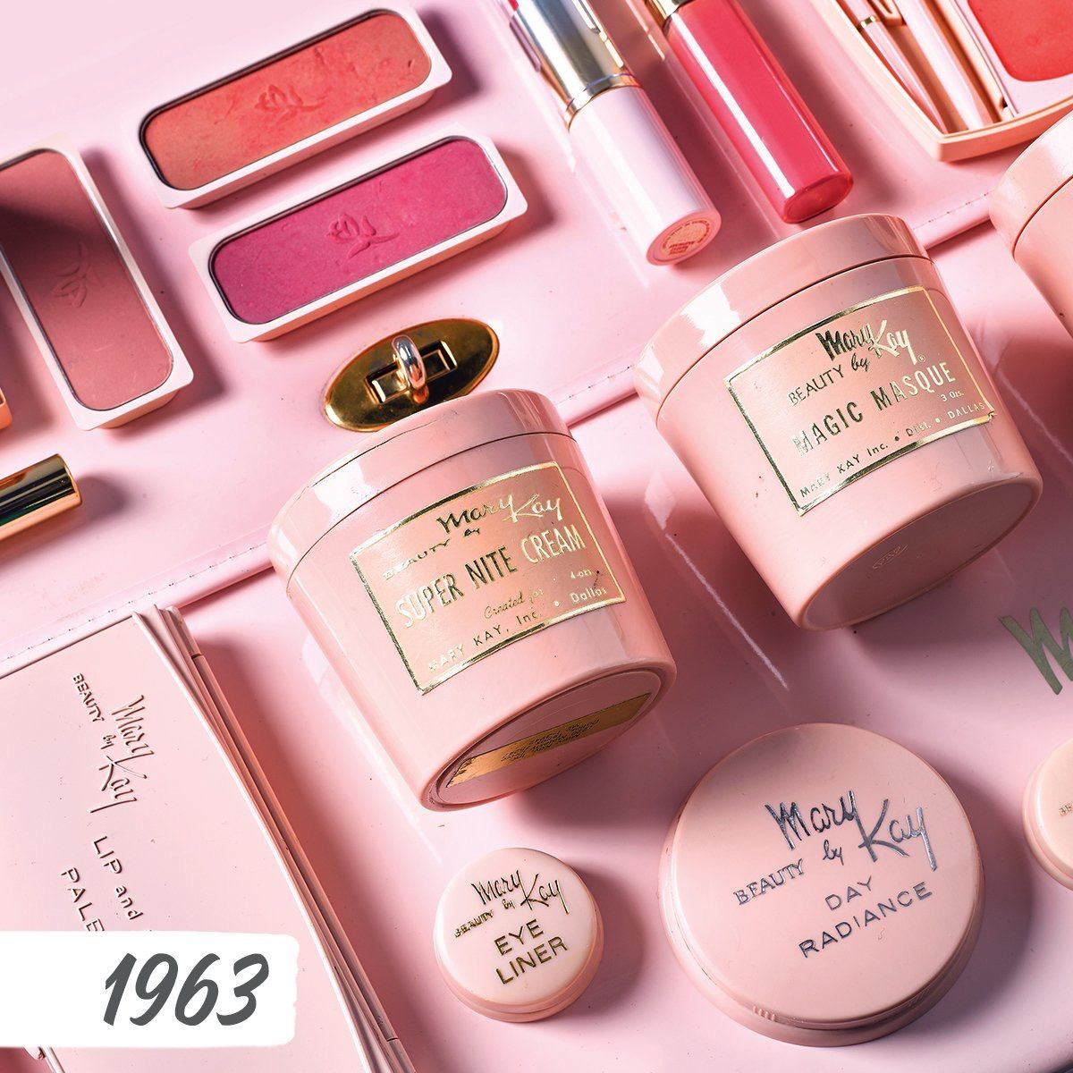 Celebrating Throwback With A Photo Of Some Vintage Mary Kay Products Mary Kay Cosmetics Mary Kay Selling Mary Kay