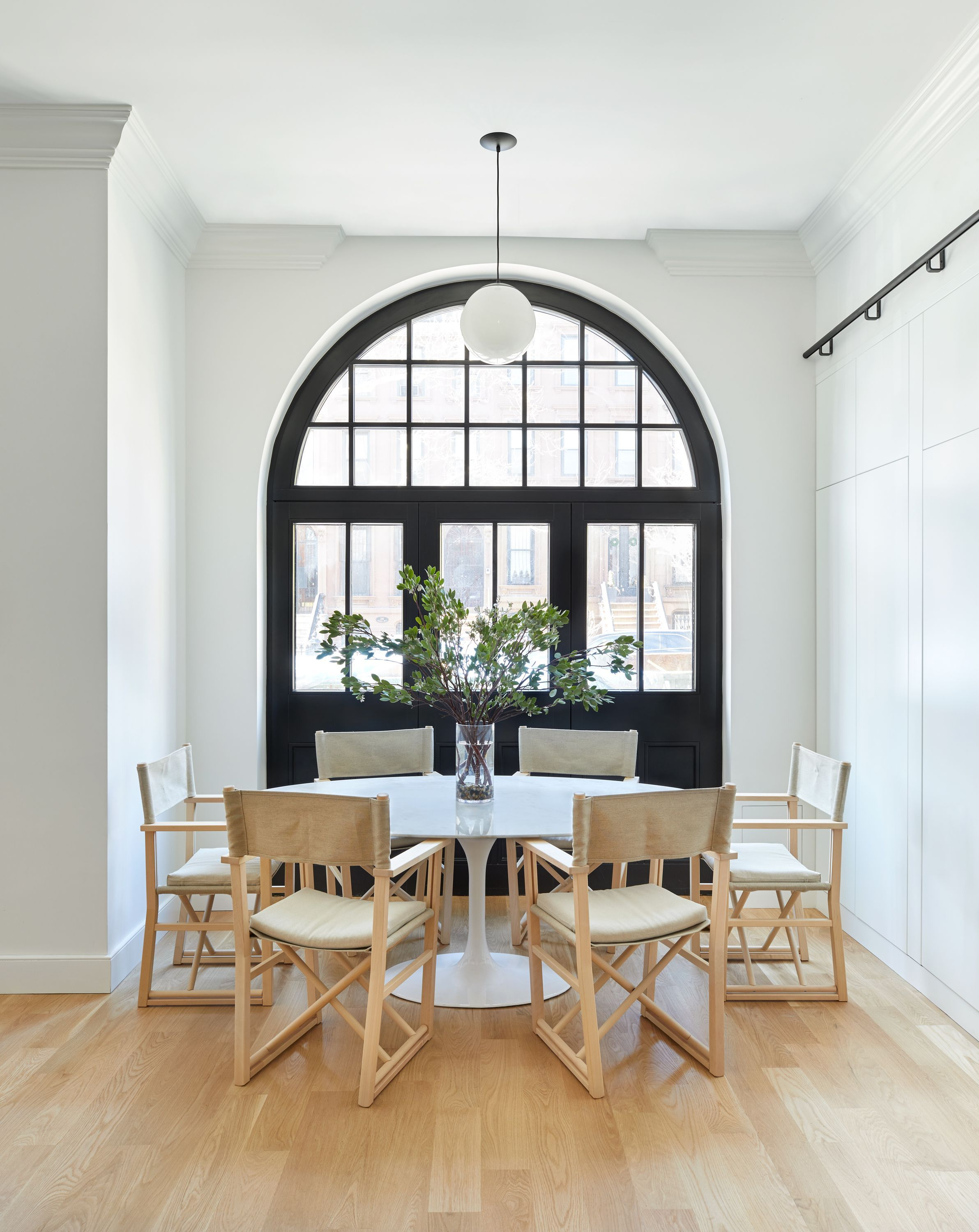 Time To Meet The Rules For A Dreamy Dining Room