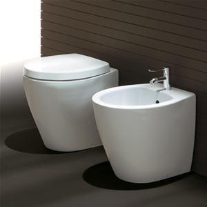 Sanitari filo parete design moderno in ceramica con sedile - Sanitari bagno piccoli ...