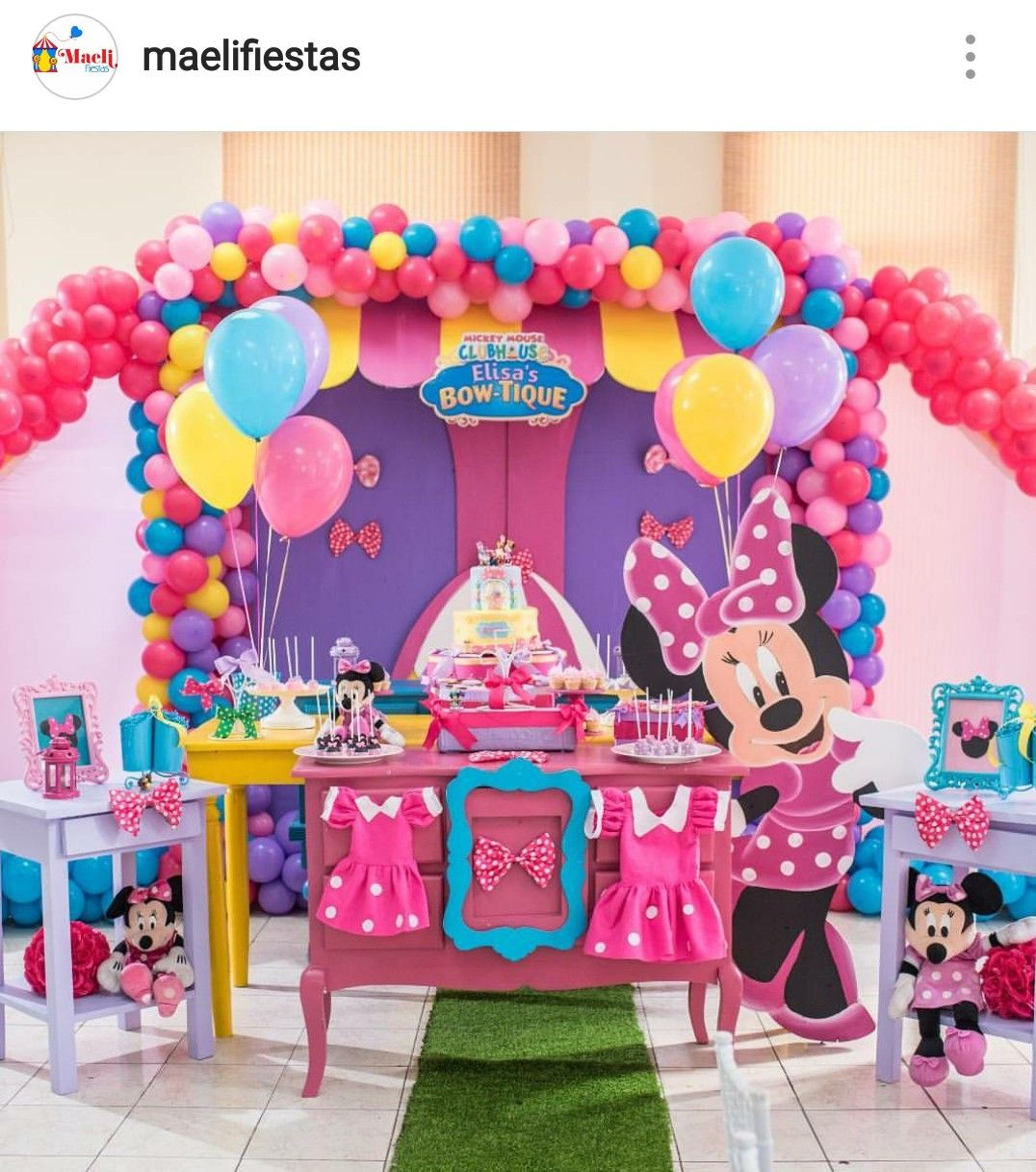 minnie 39 s boutique birthday party dessert table and decor. Black Bedroom Furniture Sets. Home Design Ideas