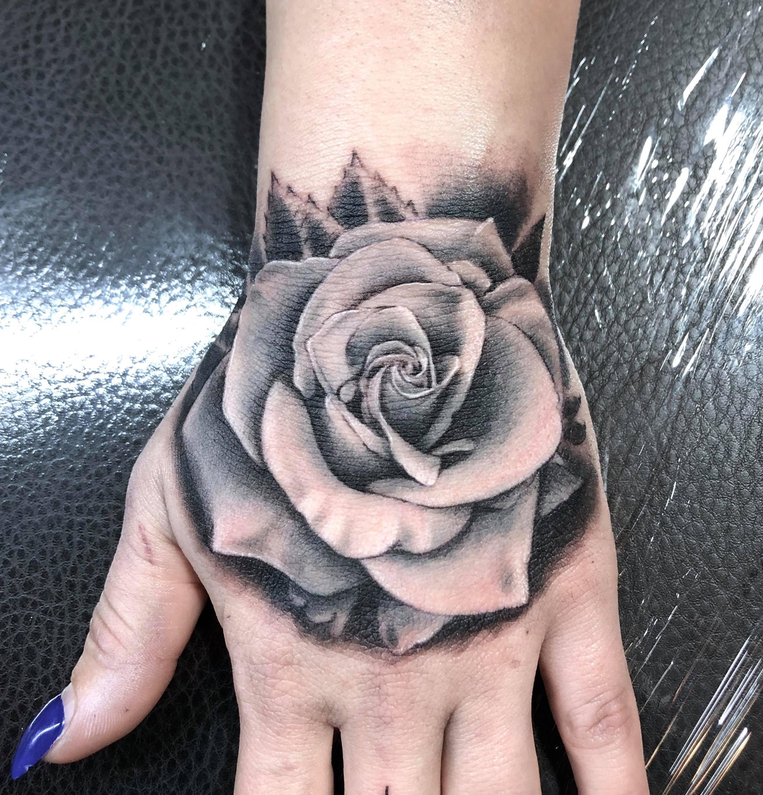 Männer hand tattoo vorlagen 30 geniale