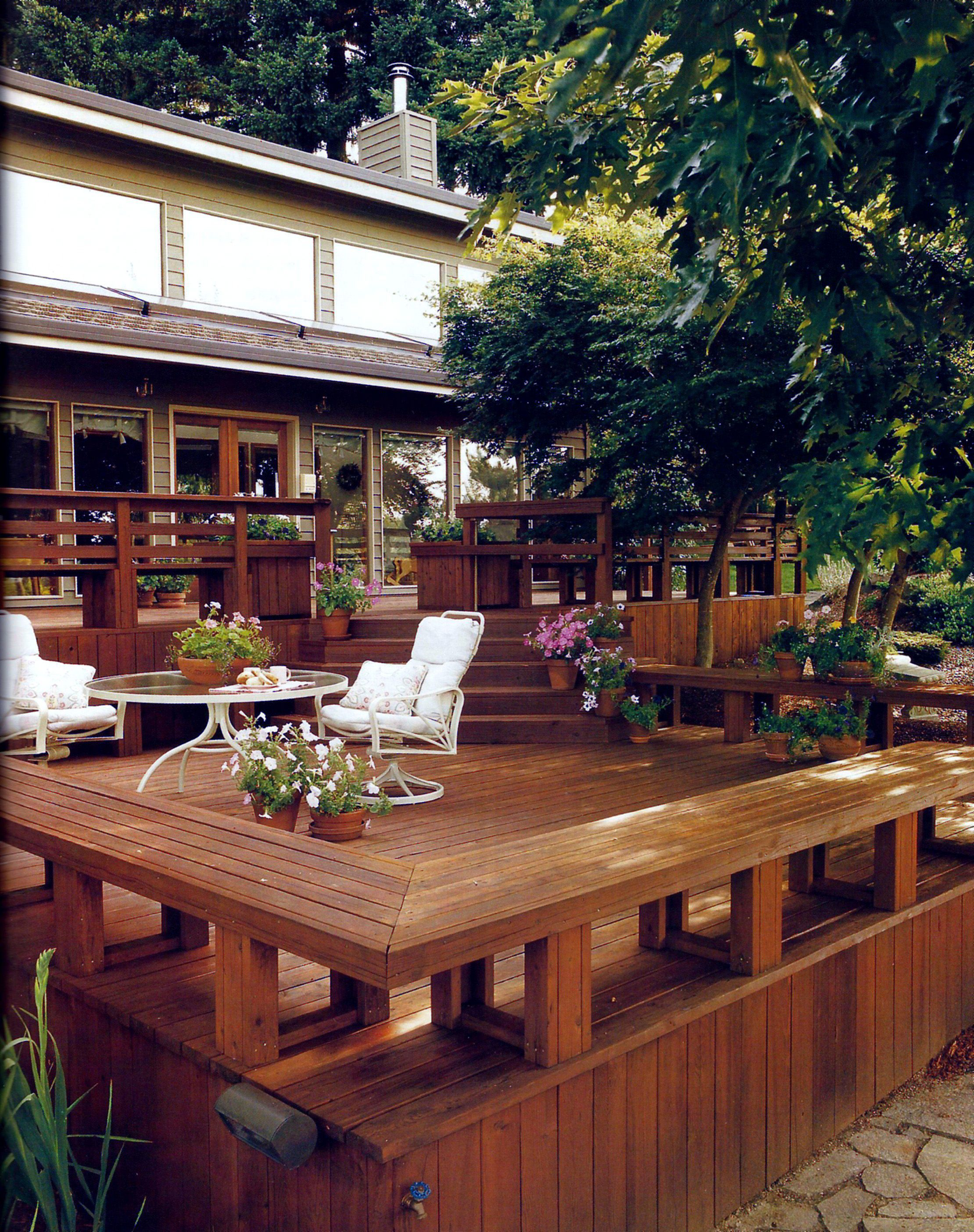 Use benches instead of railings to outline your deck ...