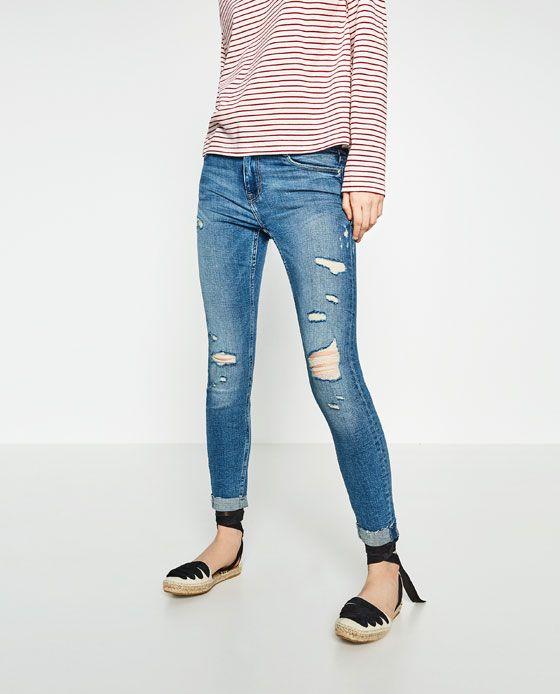 Immagine 2 di PANTALONI DENIM CROPPED di Zara