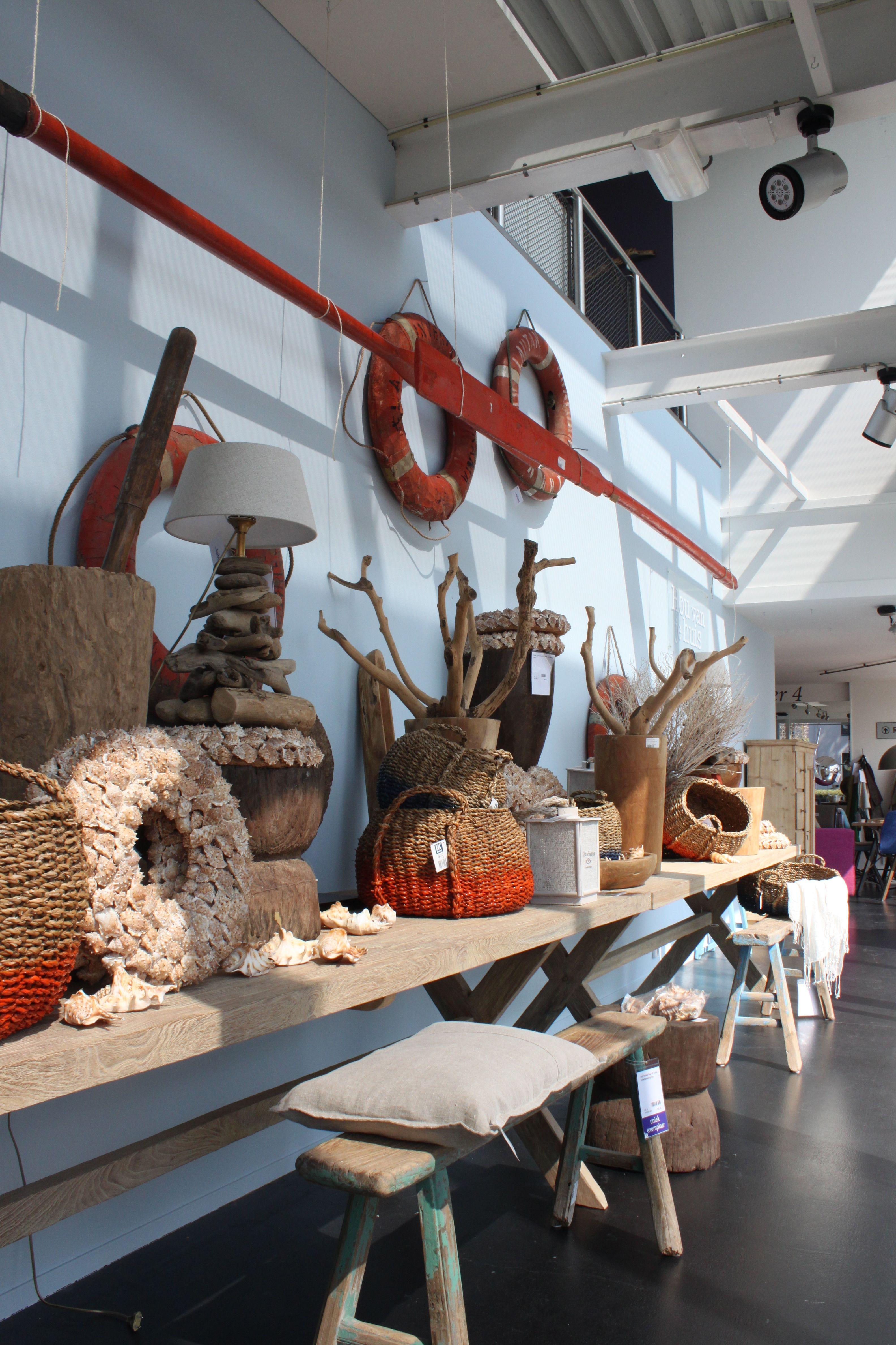 Etalage zomer - strandjutter #instore #hetkabinet #winkel #interieur ...