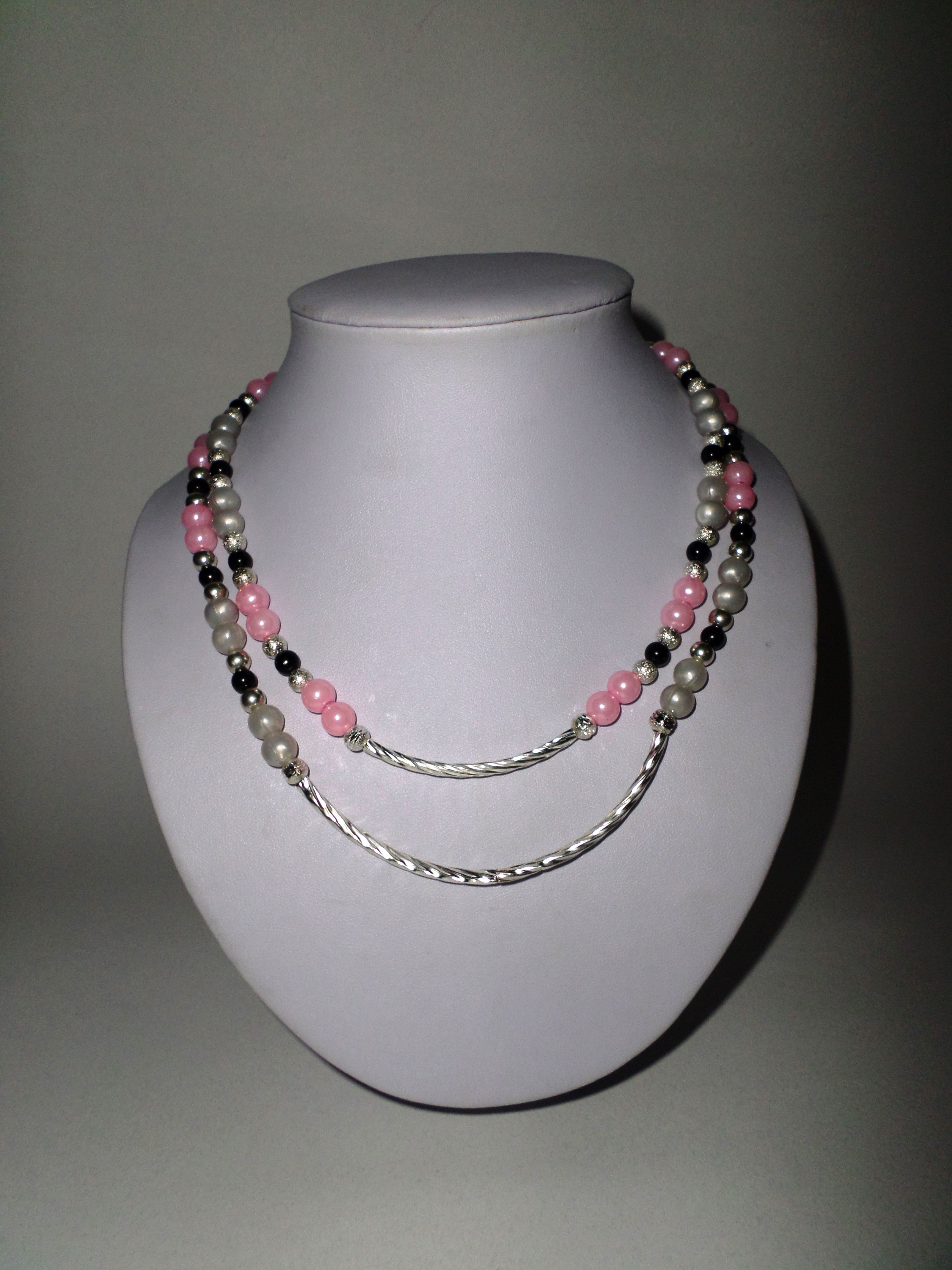 5a5f9faa152f 42. Collar doble linea con perlas rosas