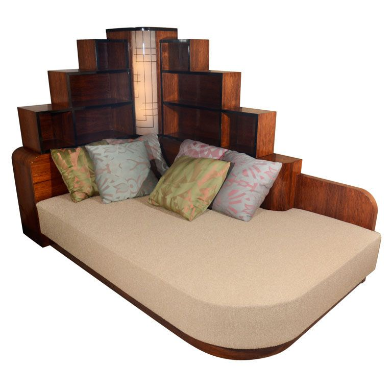 Stunning. - Daybed from the apartment of George Gershwin, 1928