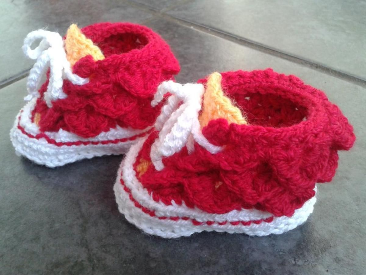 Crocodile Stitch High Top Booties | Crochet baby | Pinterest ...