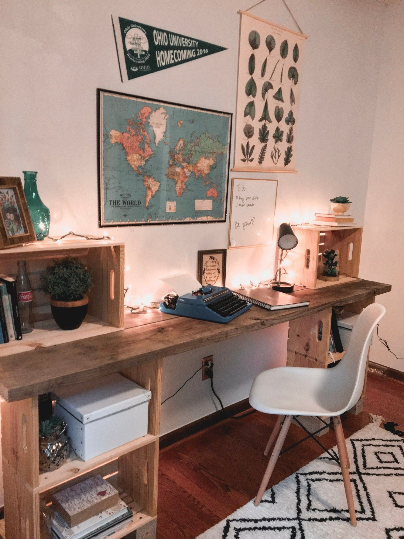 Diy wood desk my eclectic grace diy wood desk wood