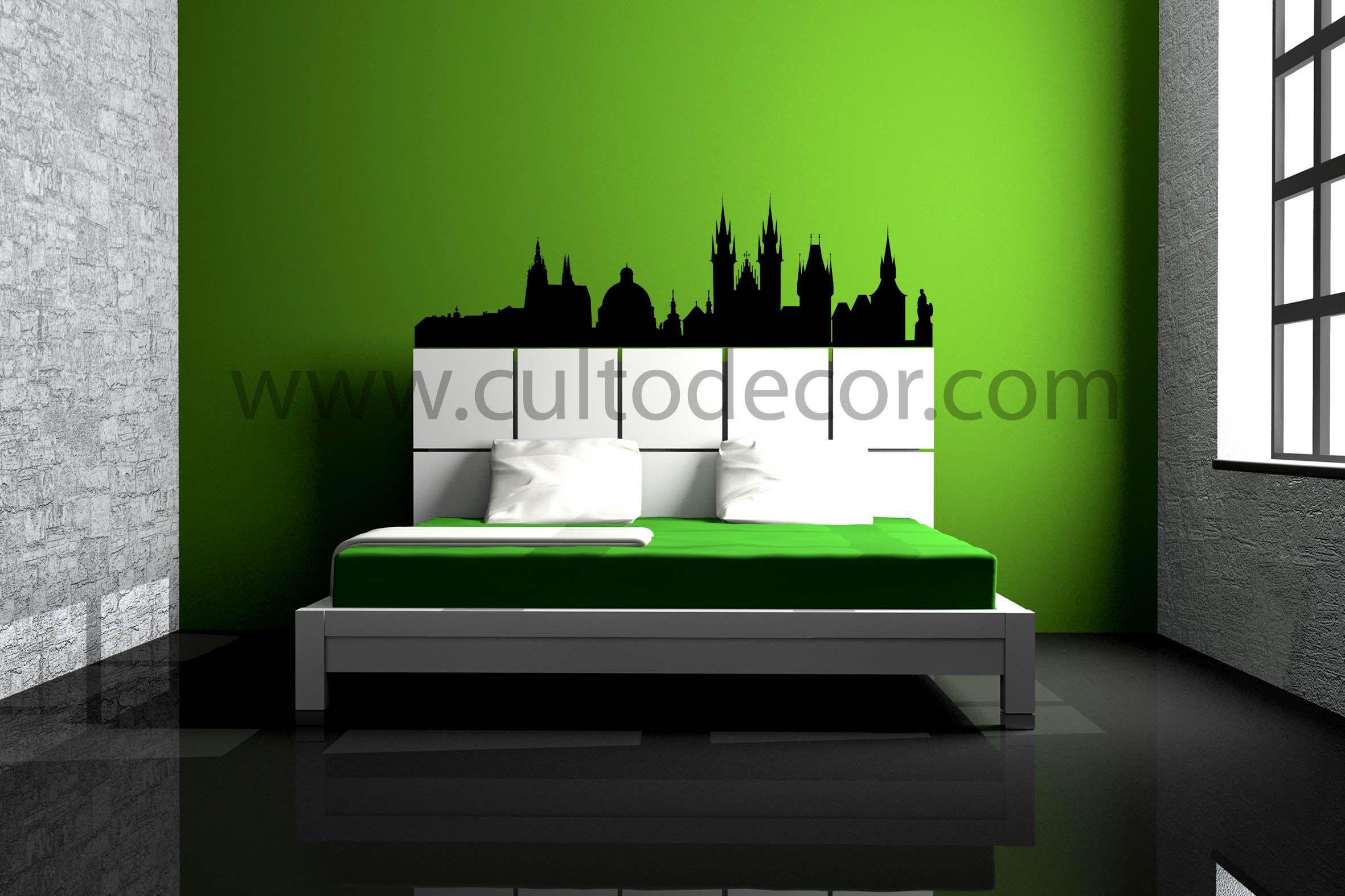 Praga - Skylines em vinil de corte com 18 cores diferentes e 2 acabamentos (brilhante/mate). Saiba tudo em http://www.cultodecor.com