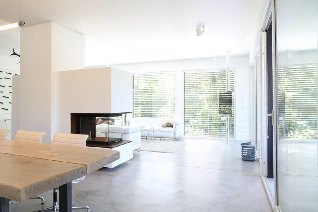 bauhaus villa in m nchen waldtrudering von 2p raum architekten minimalistische wohnzimmer. Black Bedroom Furniture Sets. Home Design Ideas