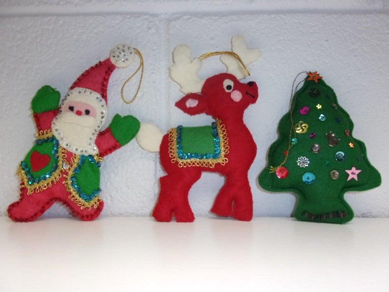 3 Vintage Felt Ornaments 1970 S Mid Century Hand Made Etsy In 2020 Felt Ornaments How To Make Christmas Tree Felt Christmas Tree
