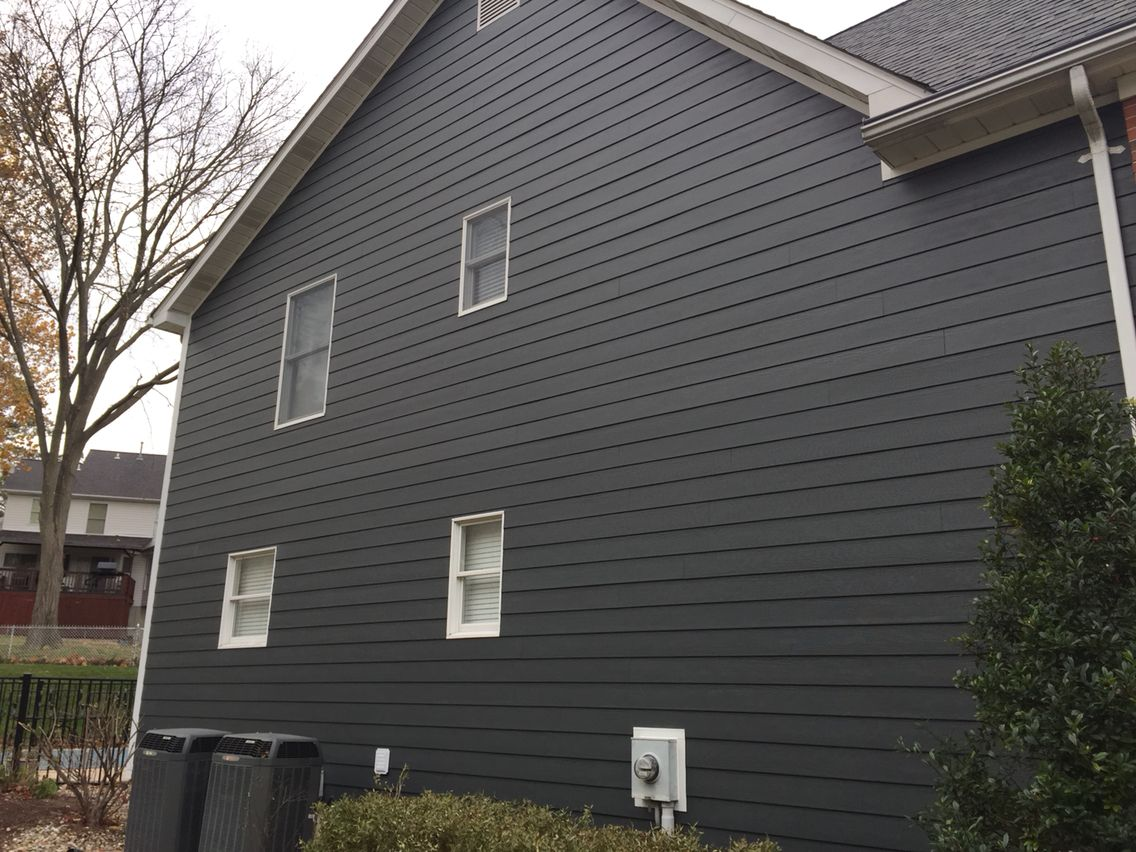 Iron Gray James Hardie Lap Siding Cedarmill 8 1 4 With 7 Exposure Exterior House Colors Gray House Exterior House Exterior Color Schemes
