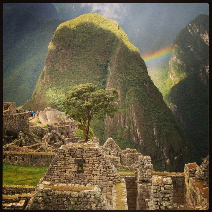 Machu Pichu Rainbow captured by David Meerman Scott. With a little help from Mother Nature.