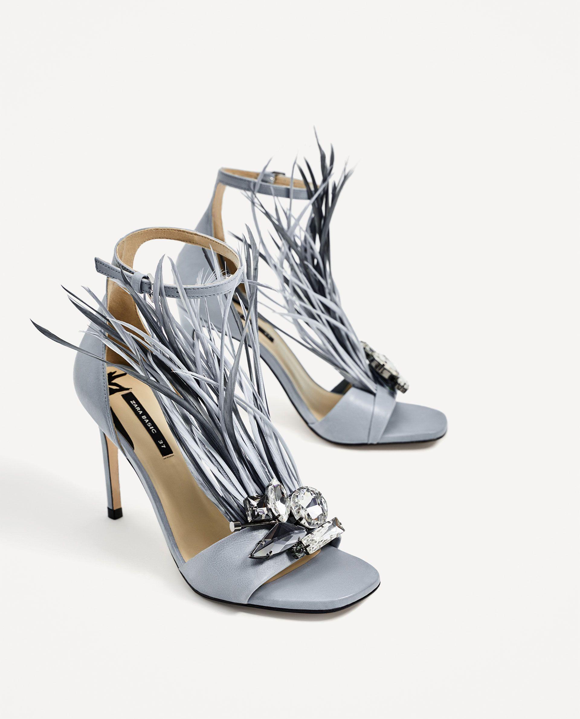 aac65744628 Sandalias ZARA con Plumas y Pedrería  sandalias  zara  zapatos  mujer  moda   shoes